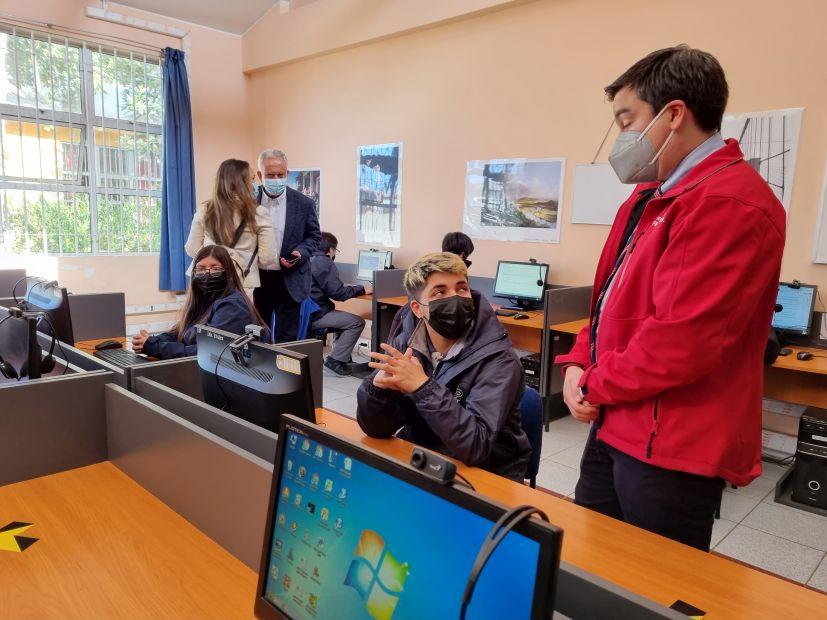 Más de 290 mil estudiantes del Biobío contarán internet gratuito de alta velocidad