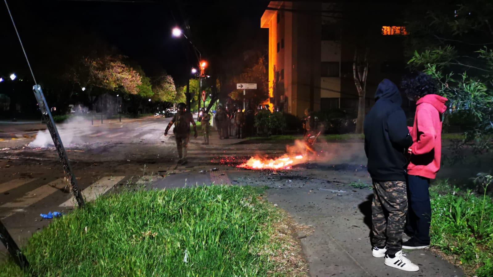 Siete detenidos en Los Ángeles tras manifestaciones por el 18-O