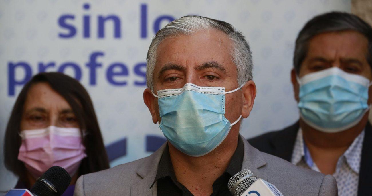 Colegio de Profesores pide considerar enfermedades de invierno en vuelta a clases