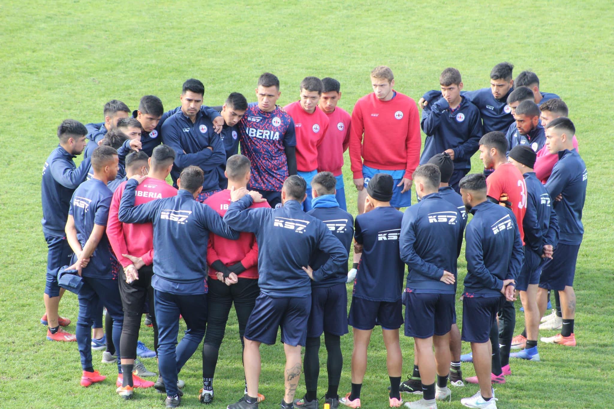 Tres jugadores de Deportes Iberia dan positivo a Covid-19