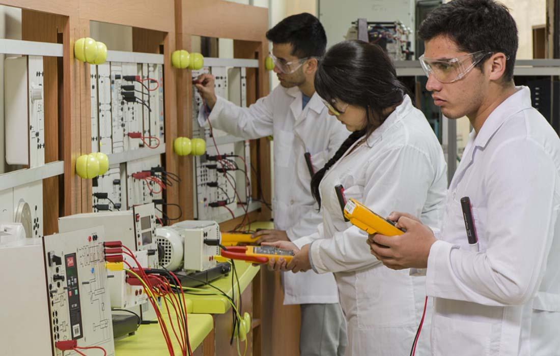 Establecimientos técnico profesionales firman acuerdo con Consejo Asesor Empresarial de CCHC Los Ángeles