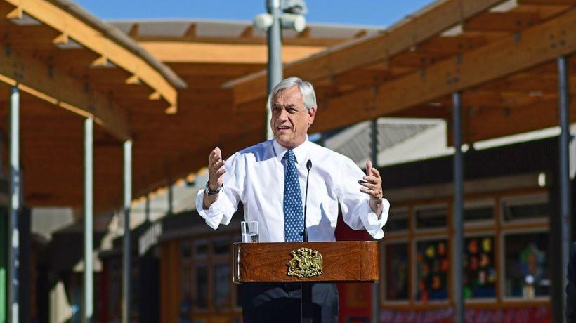 """Piñera: """"Los colegios deben estar abiertos, con estrictos protocolos, para que los padres puedan decidir"""""""